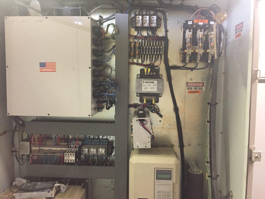 Milltronics VM30 Milling Center 8