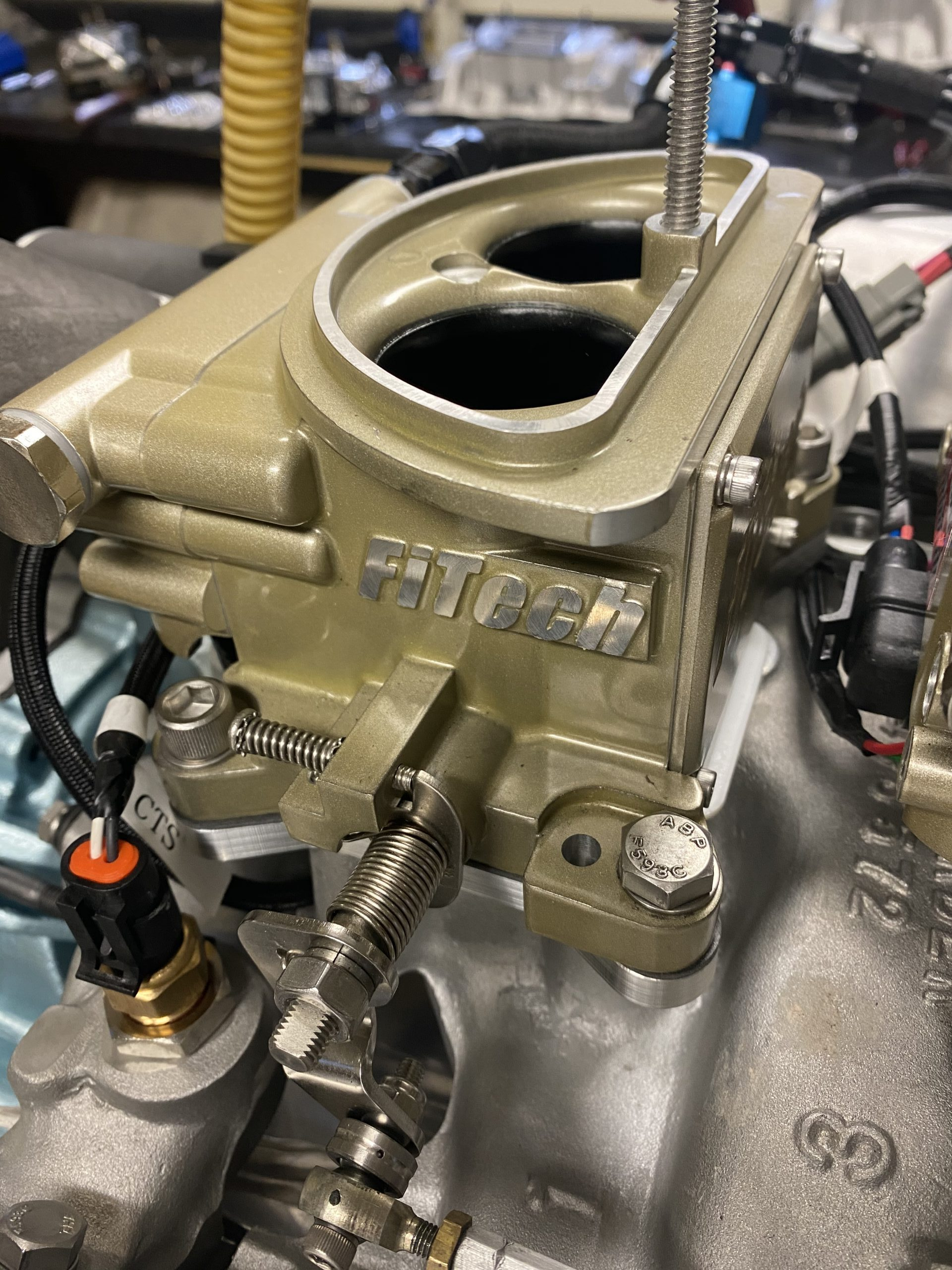 EFI Tripower front carb FiTech
